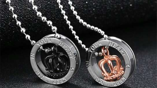 Heart couple necklace image 1