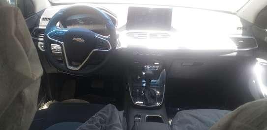 2021 Model Chevrolet Captiva image 2