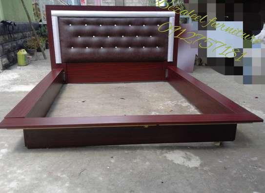Modern 1.50 cm bed