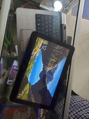 Hp   core i5    detachable    laptop image 1