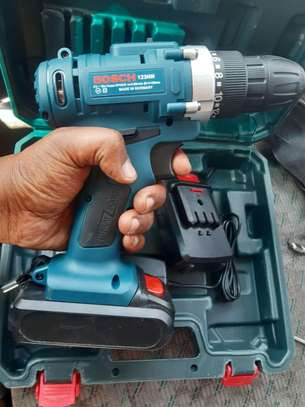 BOSCH Chargeable Drill( 21w)