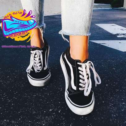 OLD SCHOOL VANS SHOES FOR WOMEN