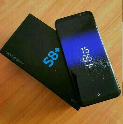 Brand New Packed Samsung Galaxy S8+