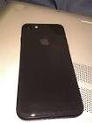 apple iphone 8 64 gb image 1