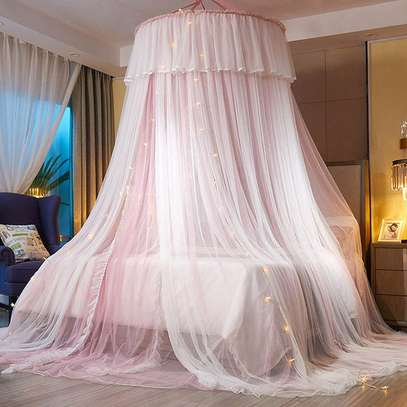 Elegant Lace Round Bed Curtains image 4