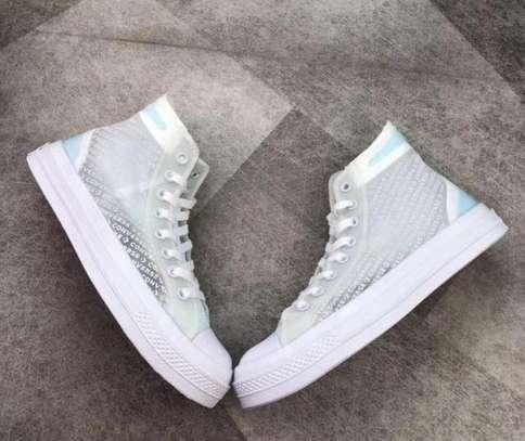 Fashion shoes image 3