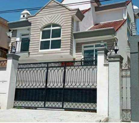 300 Sqm G+1 House For Sale (Figa) image 1