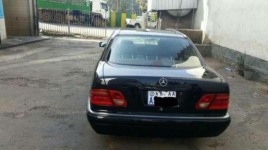 1997 Model Mercedes E 420 image 3