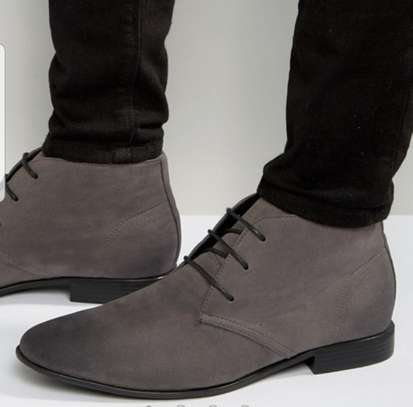 Men's Slim Toe Leather Boots image 2
