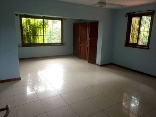4 Bdrm Standalone House with Swimming Pool in Masaki image 11