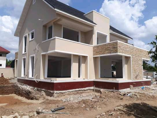 4BEDROOMS HOUSE 4SALE AT BAHARI BEACH image 9