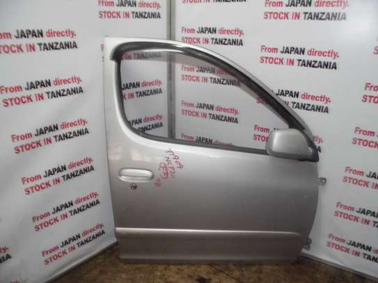 Toyota Funcargo Front Right door
