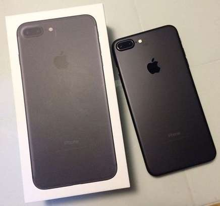 iPhone 7+ | 32 gb | mate black | battery health 85% | image 1