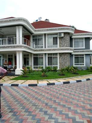 5 Bdrm Executive New Bungalow House Sqm 3500. in Mbezi Beach image 14