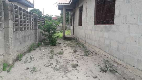 3 bed room house for sale self container at ununio image 3