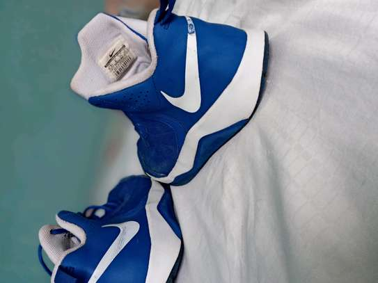 Nike sneakers (Shoes) image 2
