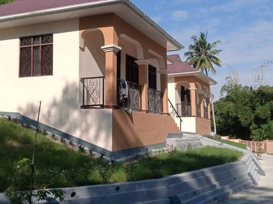 2 bed room villa for rent tsh 350,000 at kimara suka image 2