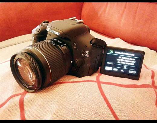 CANOON/ EOS 600D image 1