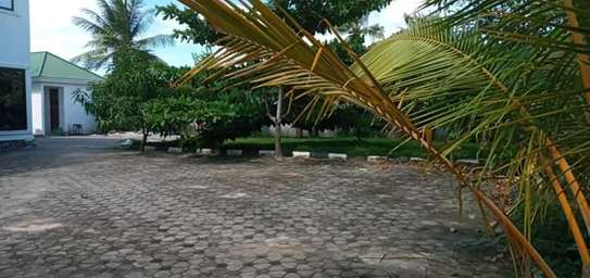 5 bed room house for sale at kigamboni image 9