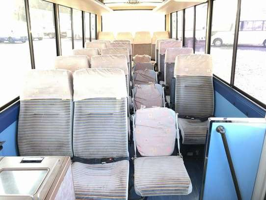 1988 Hino RAINBOW BUS 26SEATER TSHS 33MILLION ON THE ROAD image 8
