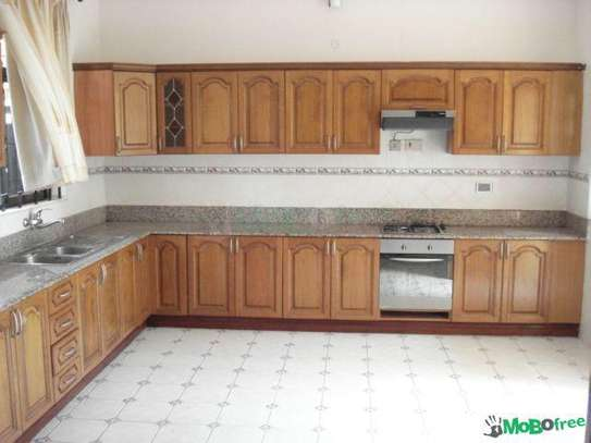 6bedrooms mansion at Mikocheni image 3