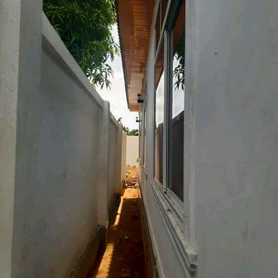 EXCELLENT KIGAMBONI HOUSE FOR 1ST TIME HOMEBUYERS AND INVESTORS image 5