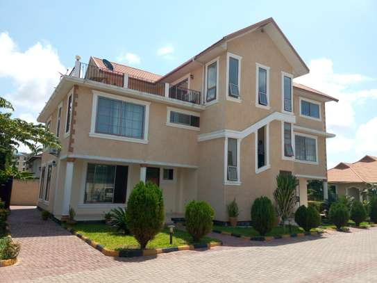 3 Bedrooms Unfurnished Dublex Apartment for Rent at Mbezi Beach