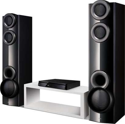 LG Home Theatre image 1