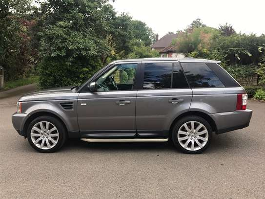 2010 Land Rover Range Rover Sport image 4