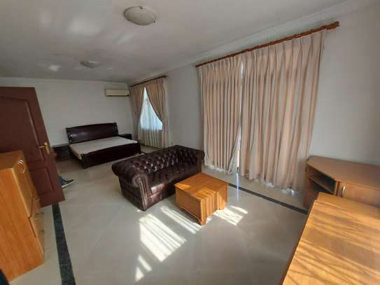 4BEDROOMS LUXUARY VILLAH FOR RENT image 6