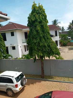5 bdrm House for rent in mbezi Beach. image 5