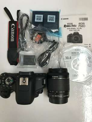 Canon EOS 750D, 24.2MP, Digital SLR Camera, with 18-55mm F/3.5-5.6 IS STM Lens