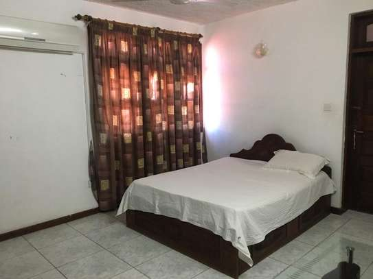 5bed room all ensuite house at msasani kimweri near cap town fish market rant $1800 image 6