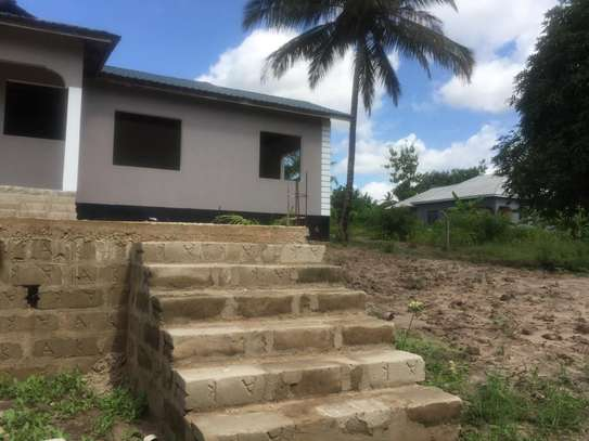 3 bed room big house for sale stand alone   at goba kulangwa image 3