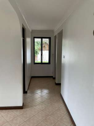4 bed room house for  rent at mbezi beach maguruwe image 2