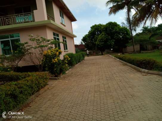 4 bed room house for rent at mbezi africana image 7