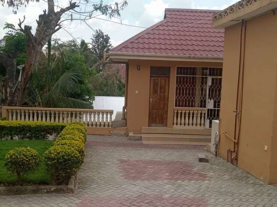 1bed house at mbezi kimara kibanda cha mkaa tsh 200,000 no kitchen please image 3