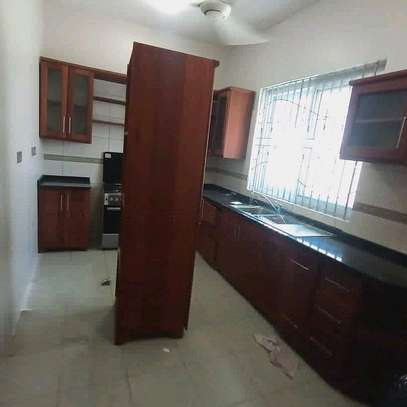 APARTIMENT FOR RENT image 2