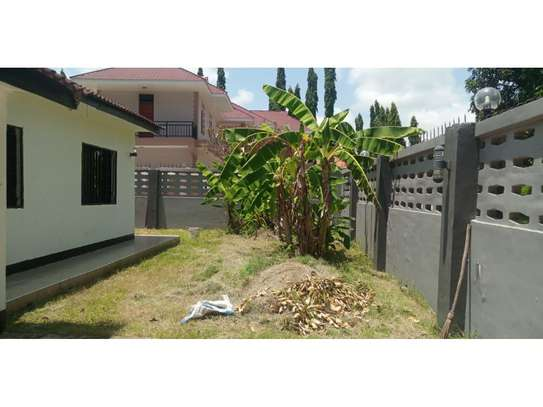 3bed house for sale 800sqm at mbezi beach africana tsh 350m image 7
