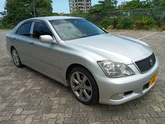 2007 Toyota Crown Athlete image 1