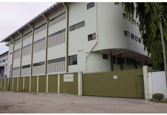 godown for rent at pugu road for rent per square metre. image 1