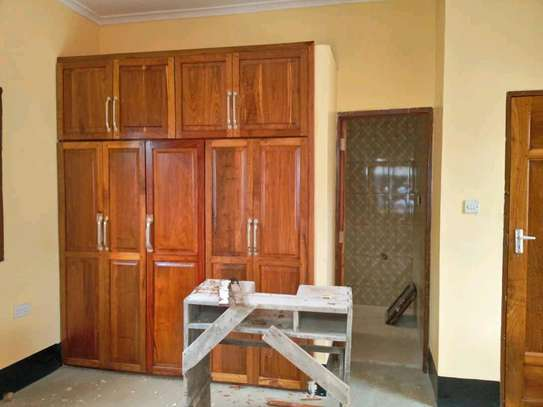 3 bdrms unfurnished House at Sinza image 7