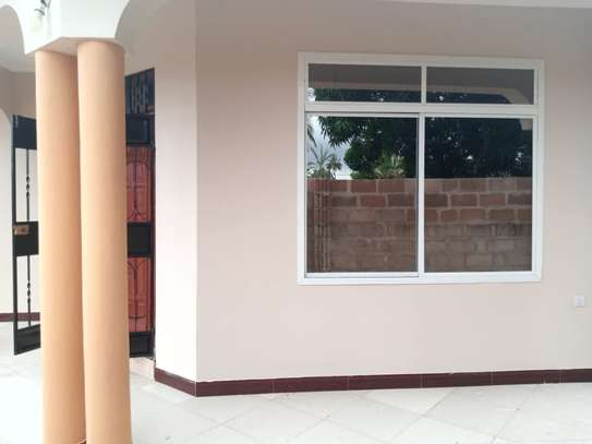 3 bed room house for rent at bunju b mazingila image 2