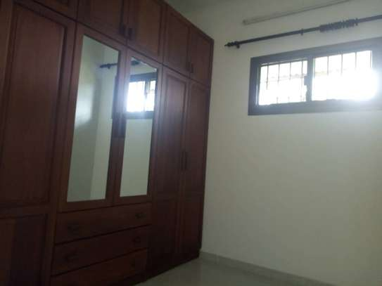 3bed house at regent estate $2000pm image 5