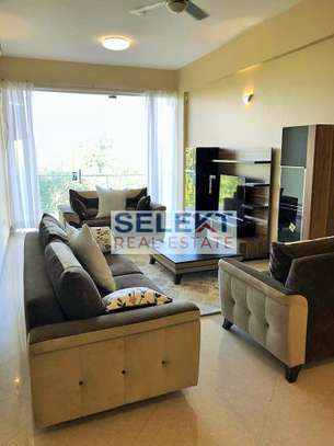 Stunning 2 Bedroom Apartment With Sea View image 2