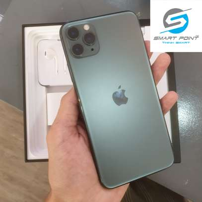 Used iPhone 11 Pro Max Excellent Condition Like New image 5