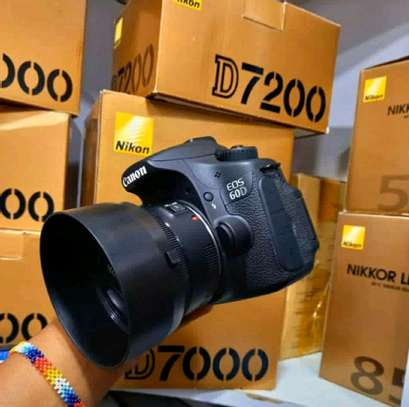 canon 60D with lens 50mm image 1