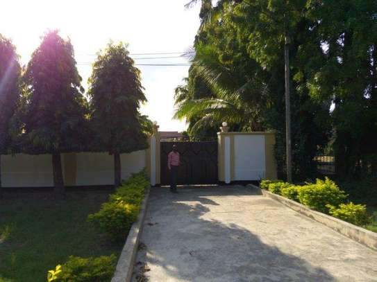 2bed furnished house at mikocheni 850000 image 10