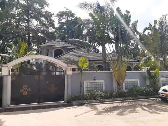 House For Sale at Ada Estate.