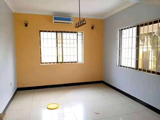 Standalone house for rent kijitonyama image 3